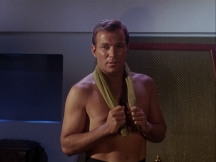 kirk-shirtless