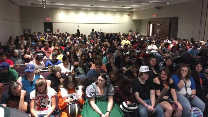 Packed house at the Dandies 2017 Tour of Hogwarts show at FanExpo Canada